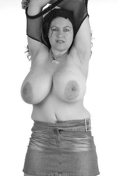 Floristin Romina möchte erotisch gefickt werden.