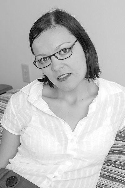 Kosmetikerin Helen will lüstern gepoppt werden.