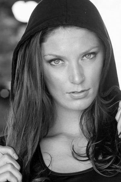 Sängerin Karla will schön geknallt werden.