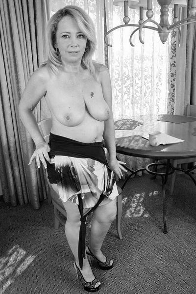 Tante Anne möchte unbedingt hemmungslos knallen.