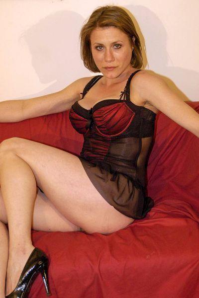 Fleischerin Linda möchte dringend schamlos poppen.