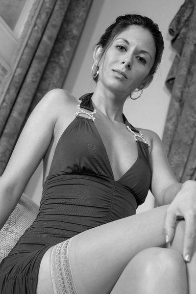 Buchhändlerin Katharina will dringend erotisch gepoppt werden