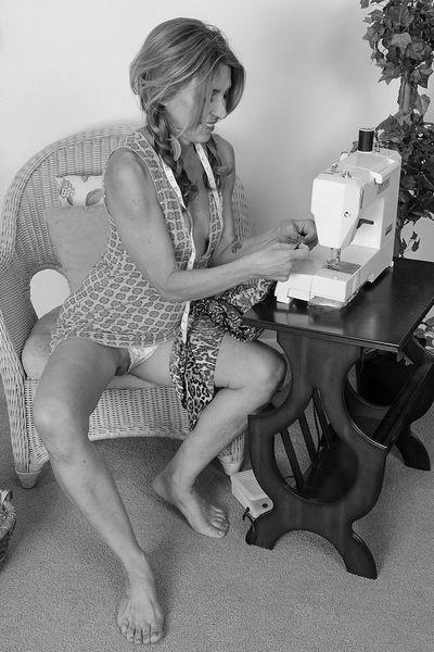 Kosmetikerin Jette möchte hemmungslos fummeln
