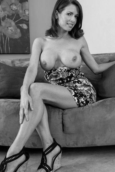 Lady Valerie möchte unbedingt versaut gebumst werden