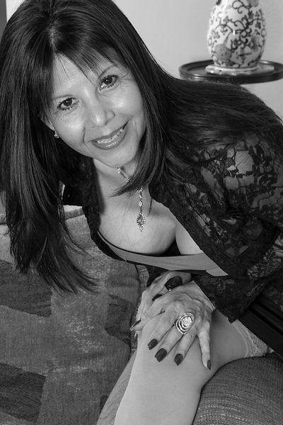 Stiefmutter Natalia will unbedingt lüstern von hinten gebumst werden