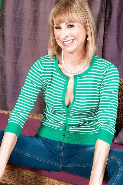 Sängerin Carla möchte dringend tabulos streicheln.