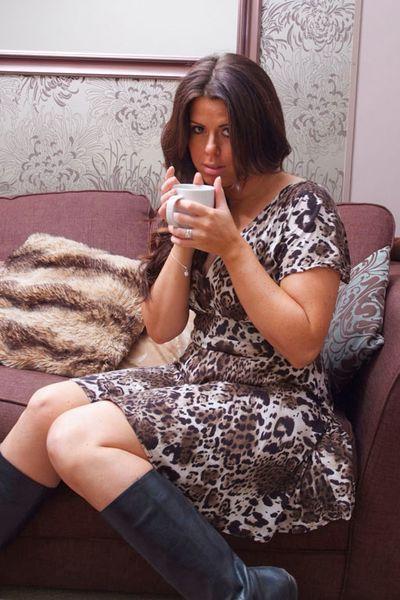 Singlefrau Diana möchte unbedingt schamlos durchgevögelt werden.